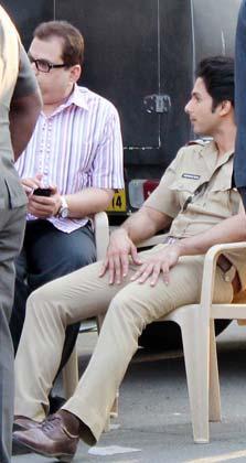 Shahid And Rajkumar Photo Clicked On Shooting Location Of Phata Poster Nikla Hero