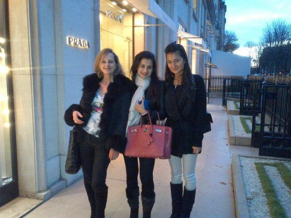 Ameesha With Her Cousin And Aunt Photo Clicked In Paris