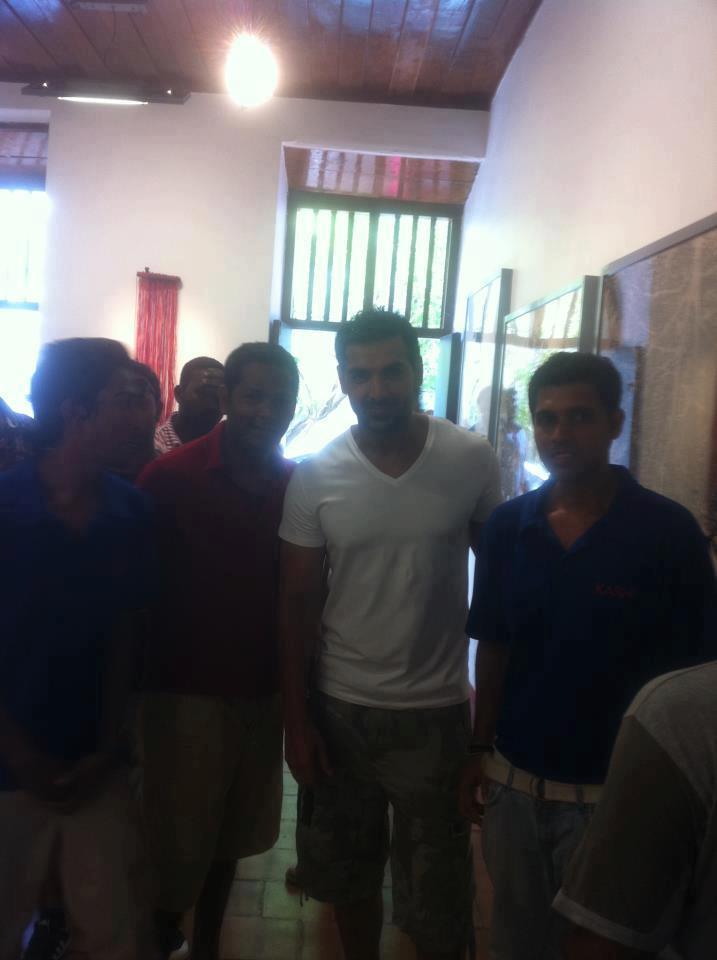 John Abraham With Fans Clicked At Kochi During The Hindi Movie Jaffna Shooting