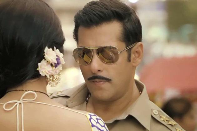Salman And Sonakshi Sizzling And Attractive Photo From Movie Dabangg 2