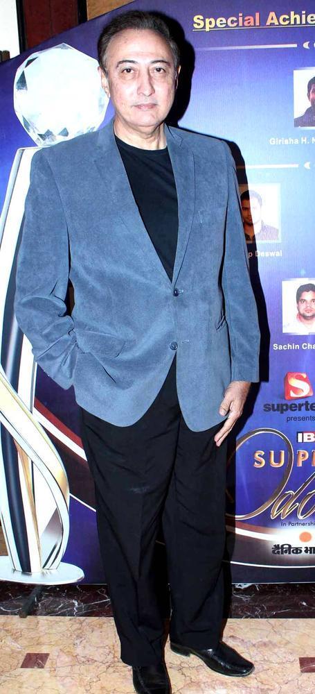 Anang Desai Snapped At IBN7 Super Idols Award Ceremony