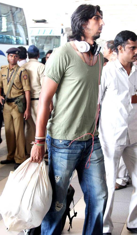 Ishant Sharma Spotted At Airport