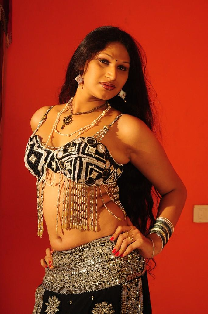 Sirisha Sexy Look Still From O Aunty Katha Movie
