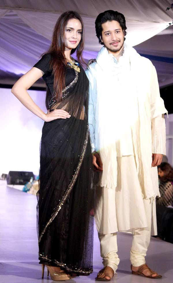 Shazahn Padamsee With Rajat Barmecha Walks On A Ramp At Global Peace Fashion Show
