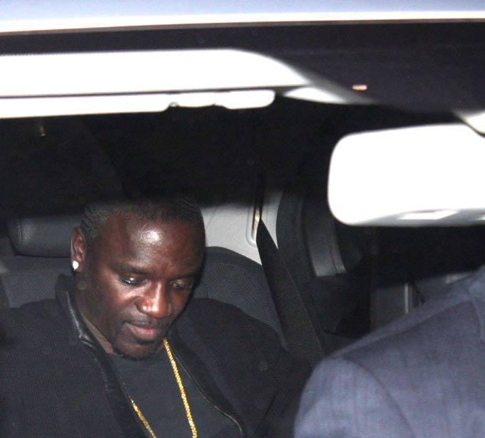 Akon Snapped At Airport For Attend Dabangg 2 Screening
