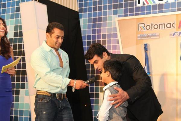 Salman Khan Graces The Rotomac Pen Promotional Event