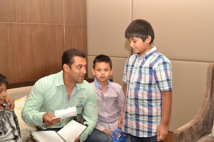 Salman Khan At Rotomac Pen Event