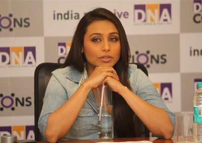 Rani Mukherjee Clicked At Talaash Promotional Event