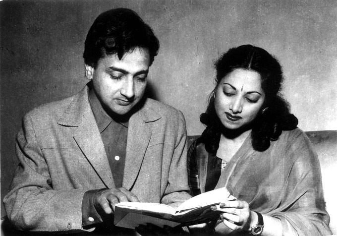 Bharat Bhushan And Suraiya Photo From A Film