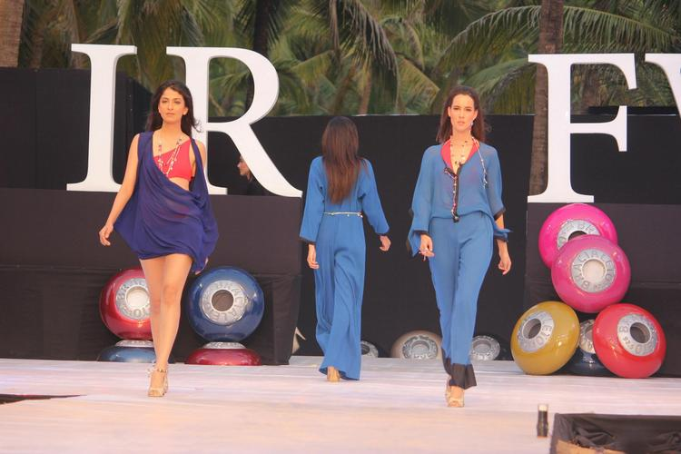 A Model Looked Hot In James Ferreira Dress At IRFW 2012 In Goa
