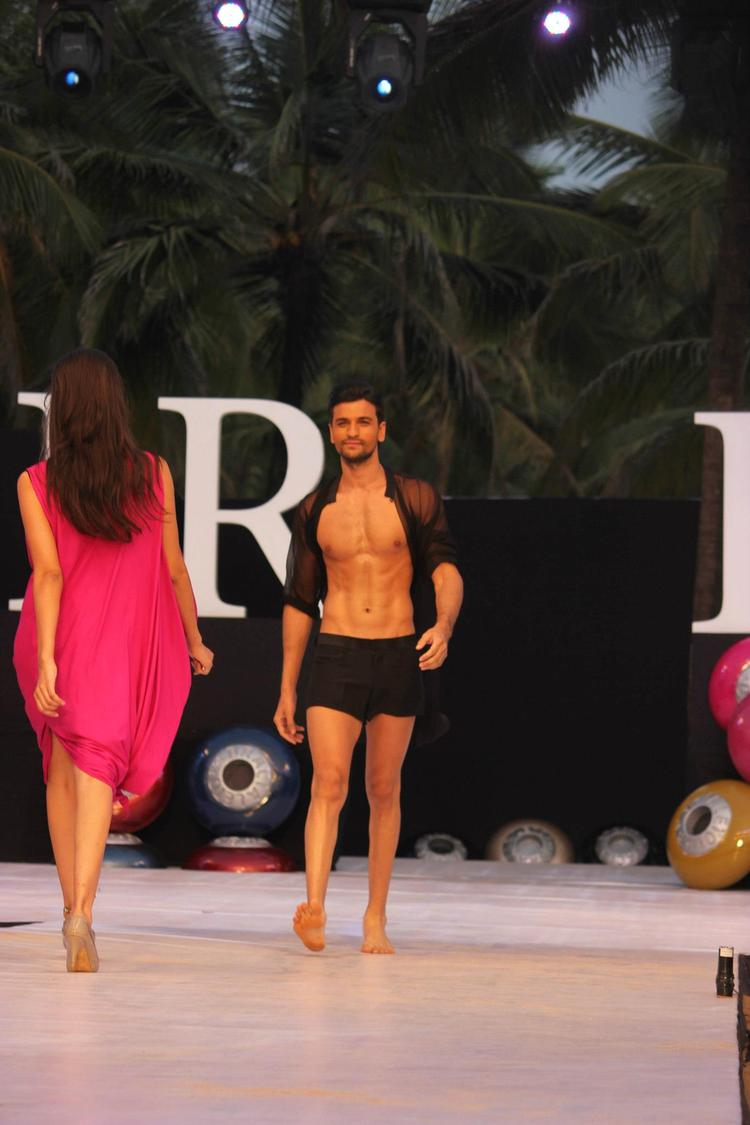 A Model Stylish Walk On Ramp For James Ferreira At IRFW 2012 In Goa
