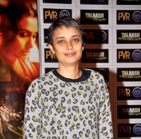 Reema Kagti Smiling Pose At Talaash Premiere