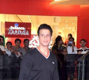Sharman Joshi Dazzles At Talaash Premiere