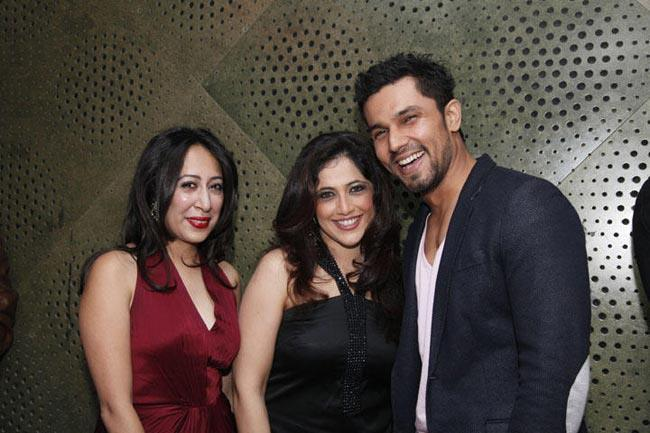 Randeep  With Friends Snapped At 10th Anniversary Of The India Today Sex Survey