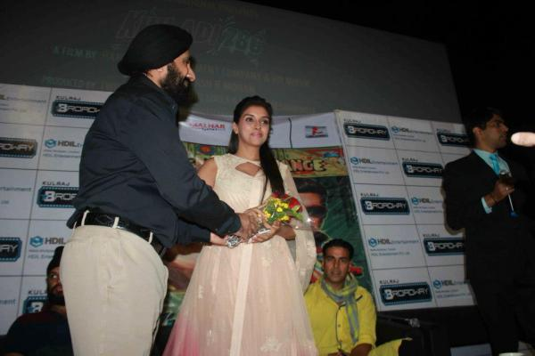 Akshay And Asin Attend The Khiladi 786 Promotion  At Indore