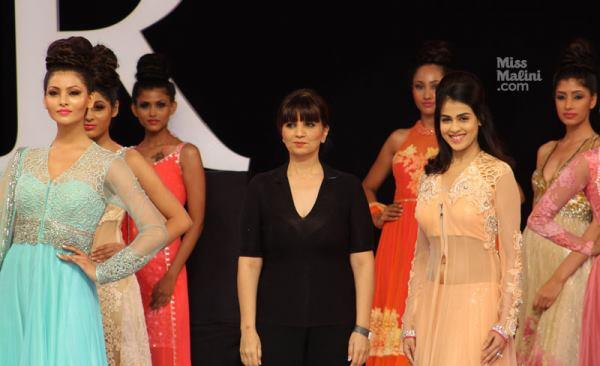 Genelia And Neeta Lulla On The Ramp With Models Wearing Bridal Costumes