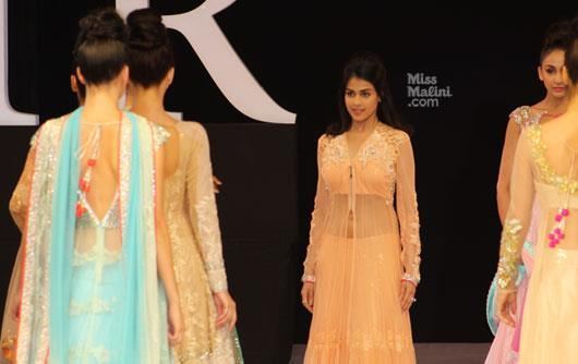 Genelia Looking Gorgeous In Neeta Lullas Bridal Dress