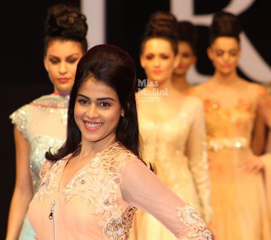 Genelia Walks For Neeta Lulla At IRFW On Day 2 In Goa