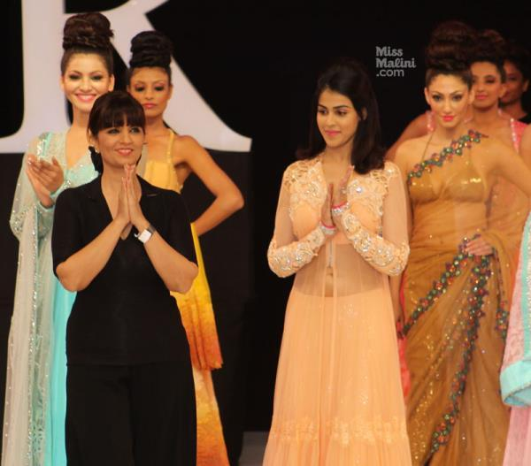 Genelia Wit Neeta Lulla Greet The Audience At IRFW On Day 2