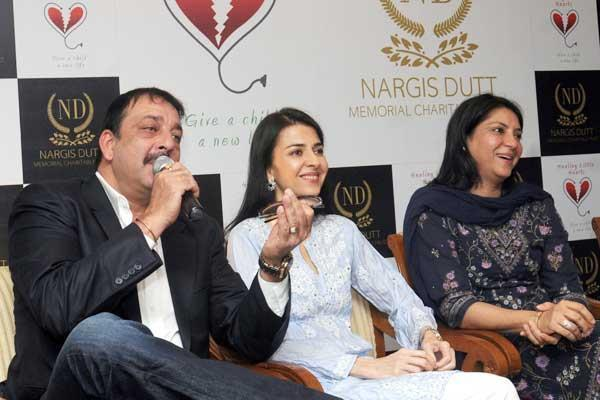 Sanjay With Sisters Namrata And Priya At Charitable Event By Nargis Dutt Foundation