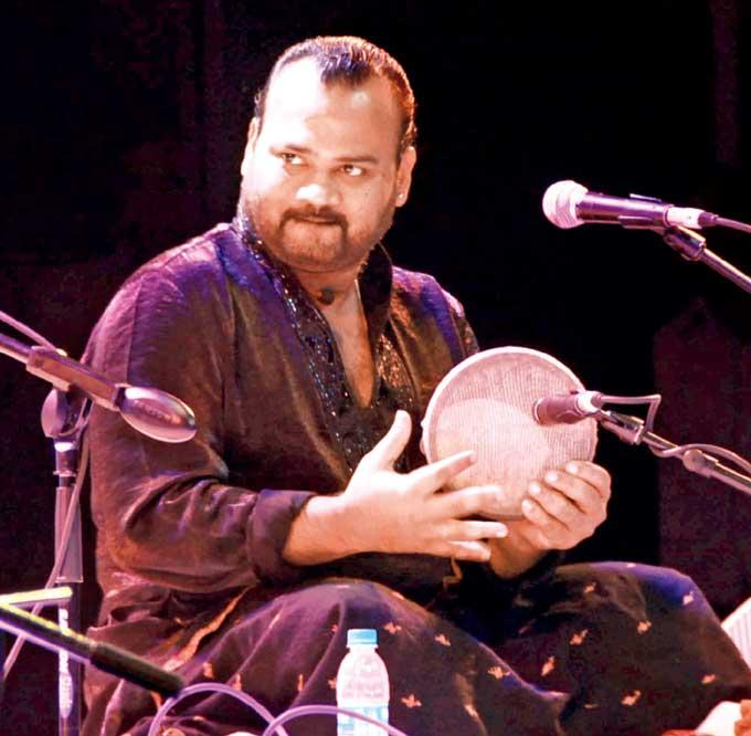 V Selvanesh Plays The Kanjeera At Jazz And Indian Music Fusion Concert