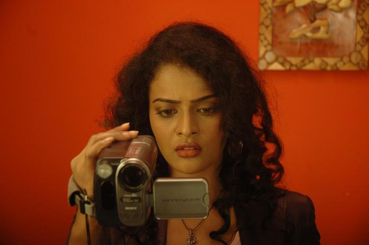 Kalyani In Operation Duryodhana Movie