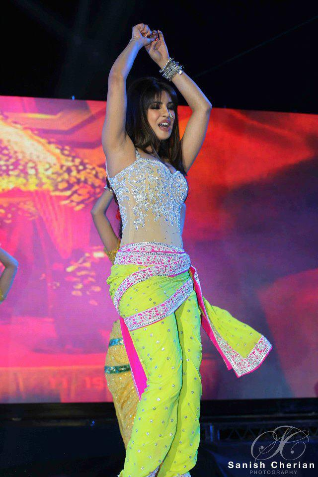 Priyanka Dancing At Ahlan Bollywood Concert 2012