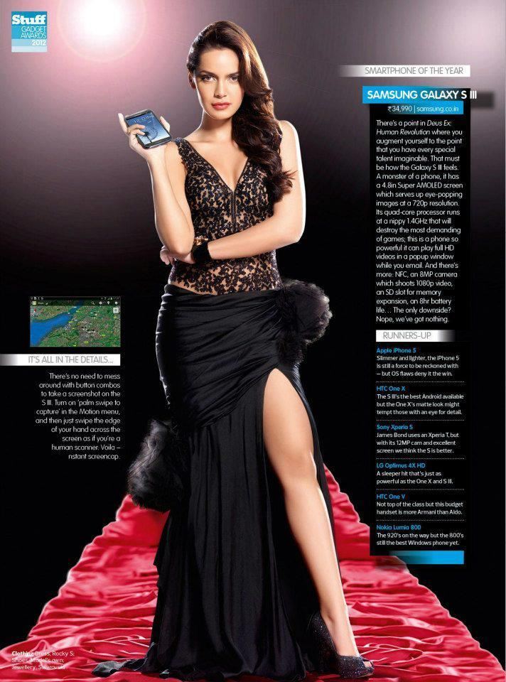Shazahn Elegant Look Still With A Digi Cam For Stuff India December 2012