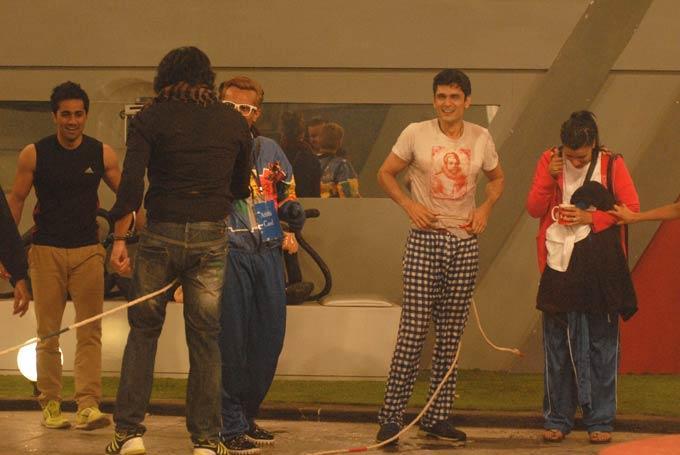 Santosh,Vishal,Niketan,Mink And Imam Photo On Day 57 In Bigg Boss 6