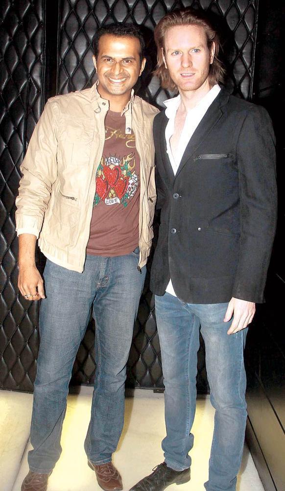 Sidharth And Alexx Photo Clicked At The Provogue Maxim Night Life Awards At F-Bar & Lounge