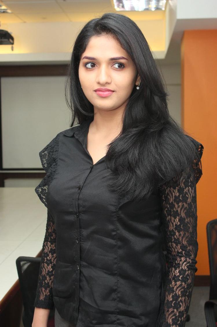 Sunaina Stunning Look Still