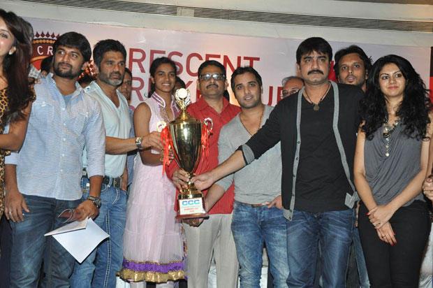 Nani,Sunil,Tarun,Srikanth And Kamna With The Cup At CCC 2012 Press Meet
