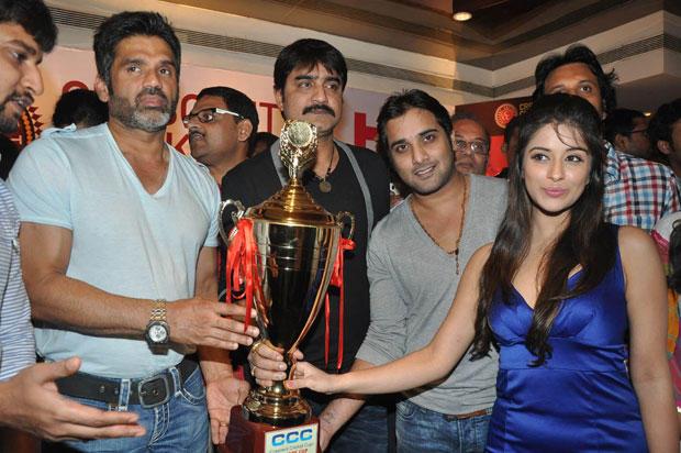 Sunil,Srikanth,Tarun,Madhurima And Nani Photo Clicked At Crescent Cricket Cup 2012 Press Meet