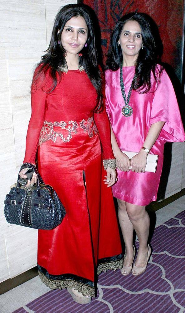 Nisha And Anita Posed For Camera At The Harper's Bazaar Bash