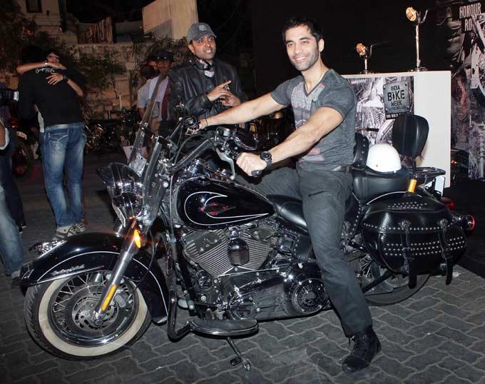 Kushal Punjabi Photo Clicked At India Bike Week Bash