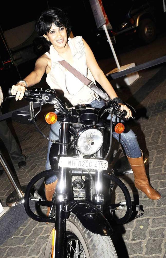 Pratichee Mohapatra Posed With Bike At India Bike Week Bash 2012
