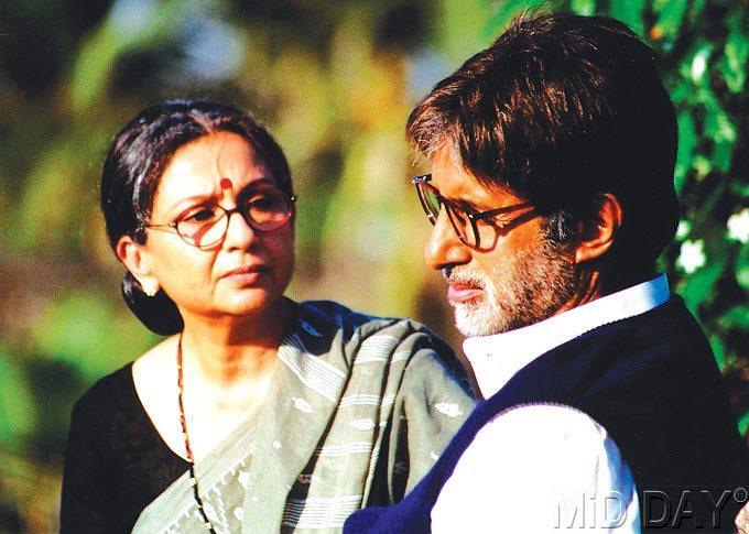Sharmila Tagore And Amitabh Bachchan In Virrudh