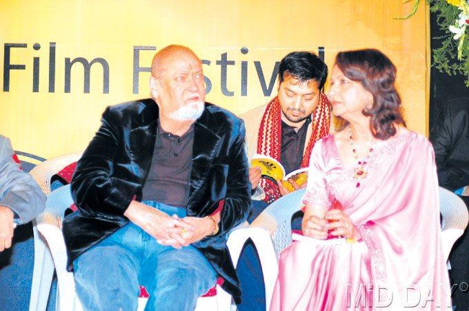 Sharmila Tagore And Shammi Kapoor At A Function