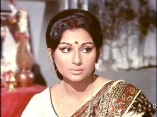 Sharmila Tagore Traditional Look Still