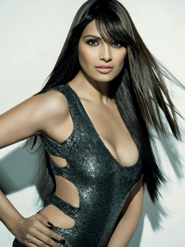 Bipasha Basu Spicy Pose Photo Shoot For Maxim India December 2012