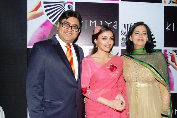 Soha,Pradeep And Neha Posed For Camera At Luxury Fashion Store Kimaya Launch