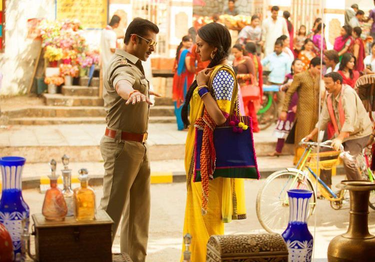 Salman And Sonakshi Photo From Movie Dabangg 2