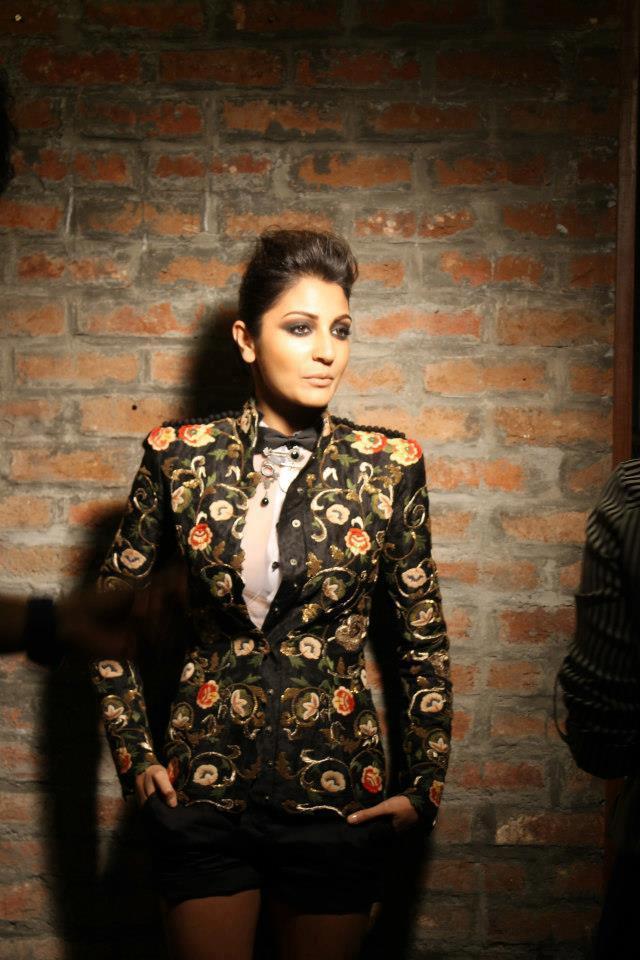 Anushka Sharma Posed For Camera For Verve Cover Shoot