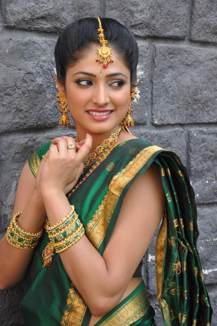 Haripriya  Indian Bride Look Photo Still