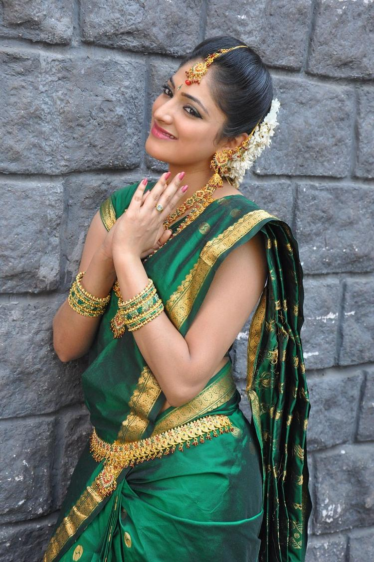 Haripriya Looked Ravishing In A Saree