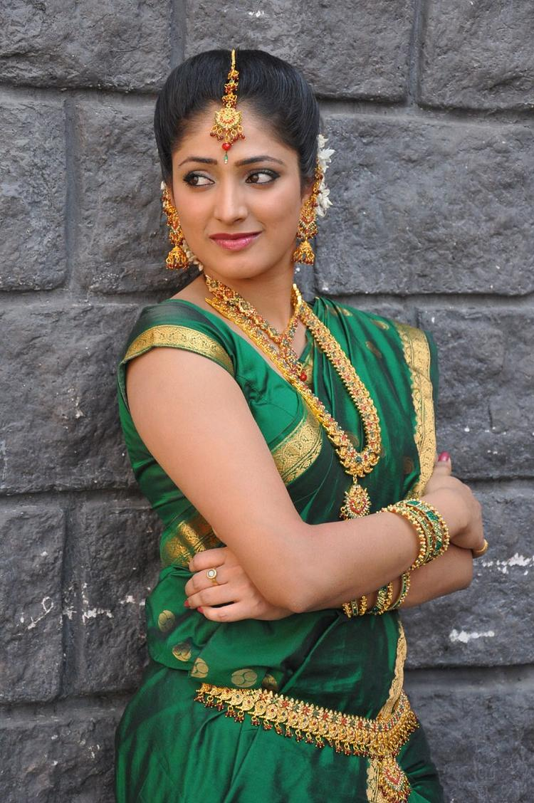 Haripriya Traditional Saree Photo Still