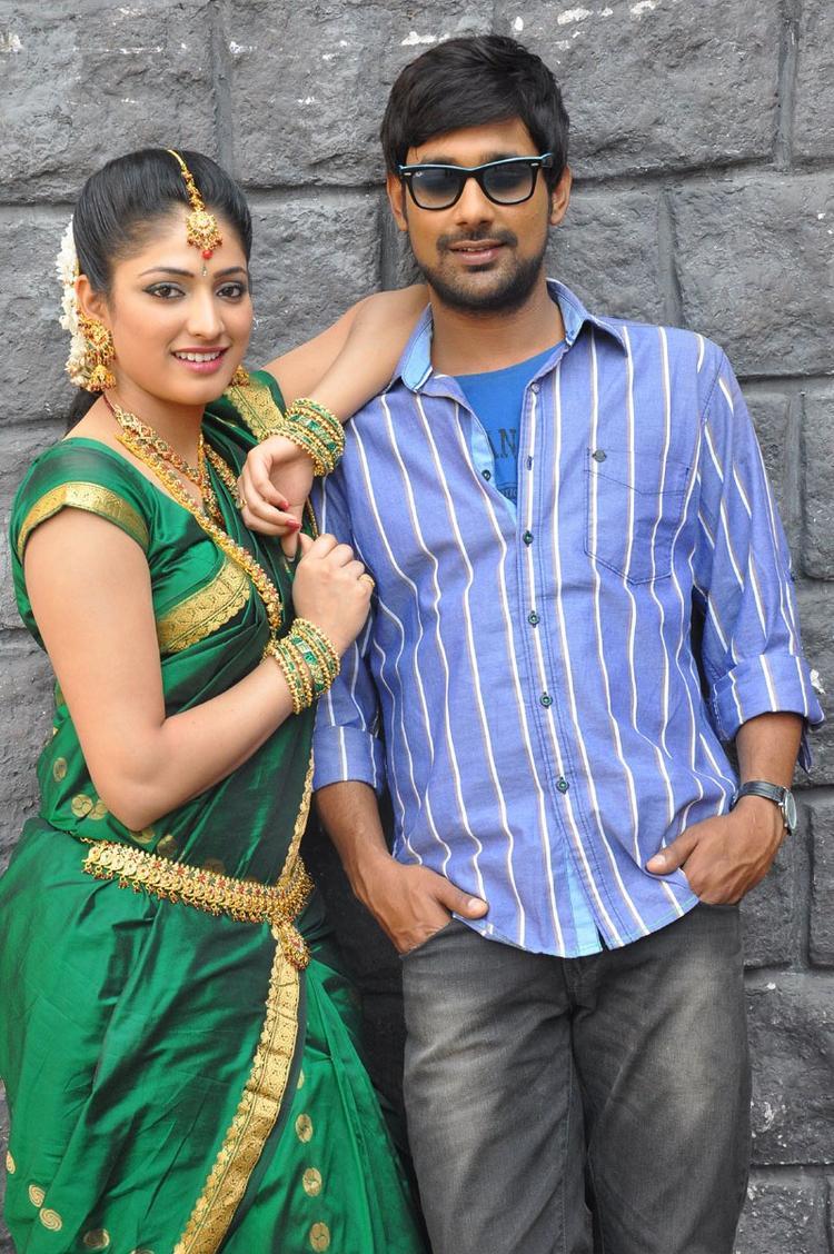 Haripriya And Varun Nice Look With Cute Smiling Still At Abbai Class Ammai Mass Movie Location