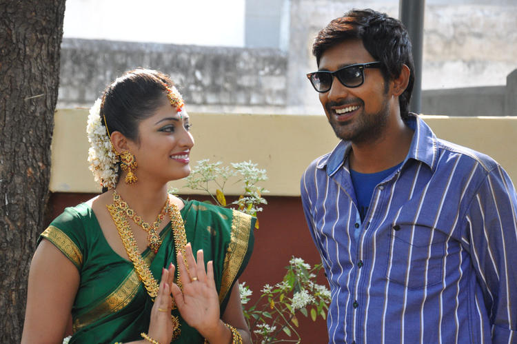 Haripriya And Varun Snapped At Abbai Class Ammai Mass Movie Location