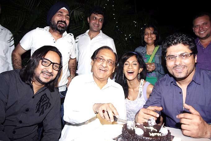 Pakistani Ghulam Ali Celebrated His Birthday Among Celeb Friends And Wellwishers