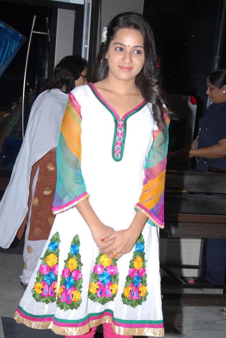 Reshma Arrived At CCC 2012 Curtain Raiser Press Meet